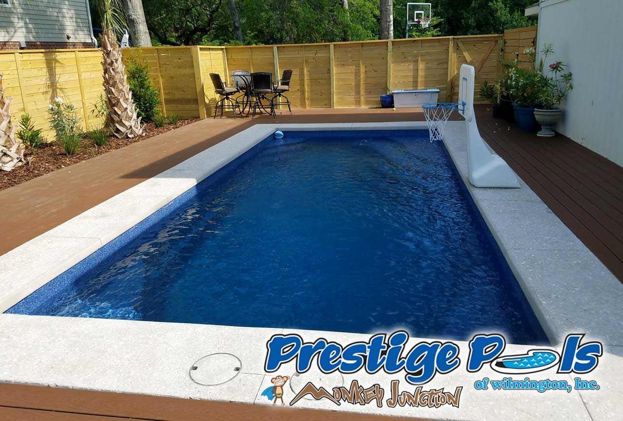 Attrayant ... Prestige Pools Of Wilmington, NC   Empress By Viking Pools In Pacific  Blue Crystite Gemstone ...